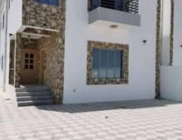 للبيع فيلا في المعبيلة بلوك ٨ خلف مسجد الق...
