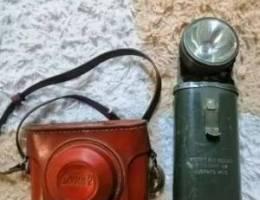 مصباح من الحرب العالمية وكاميرا روسيه قديم...